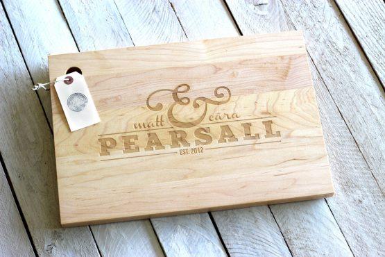 custom-ampersand-cutting-board
